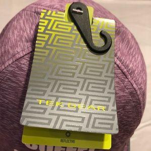 tek gear Accessories - Tek Gear purple hat
